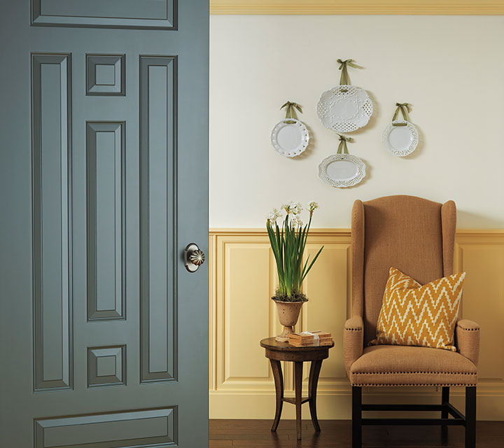 TS7010 in MDF with Roman Ogee sticking and raised panel : colonial doors - pezcame.com