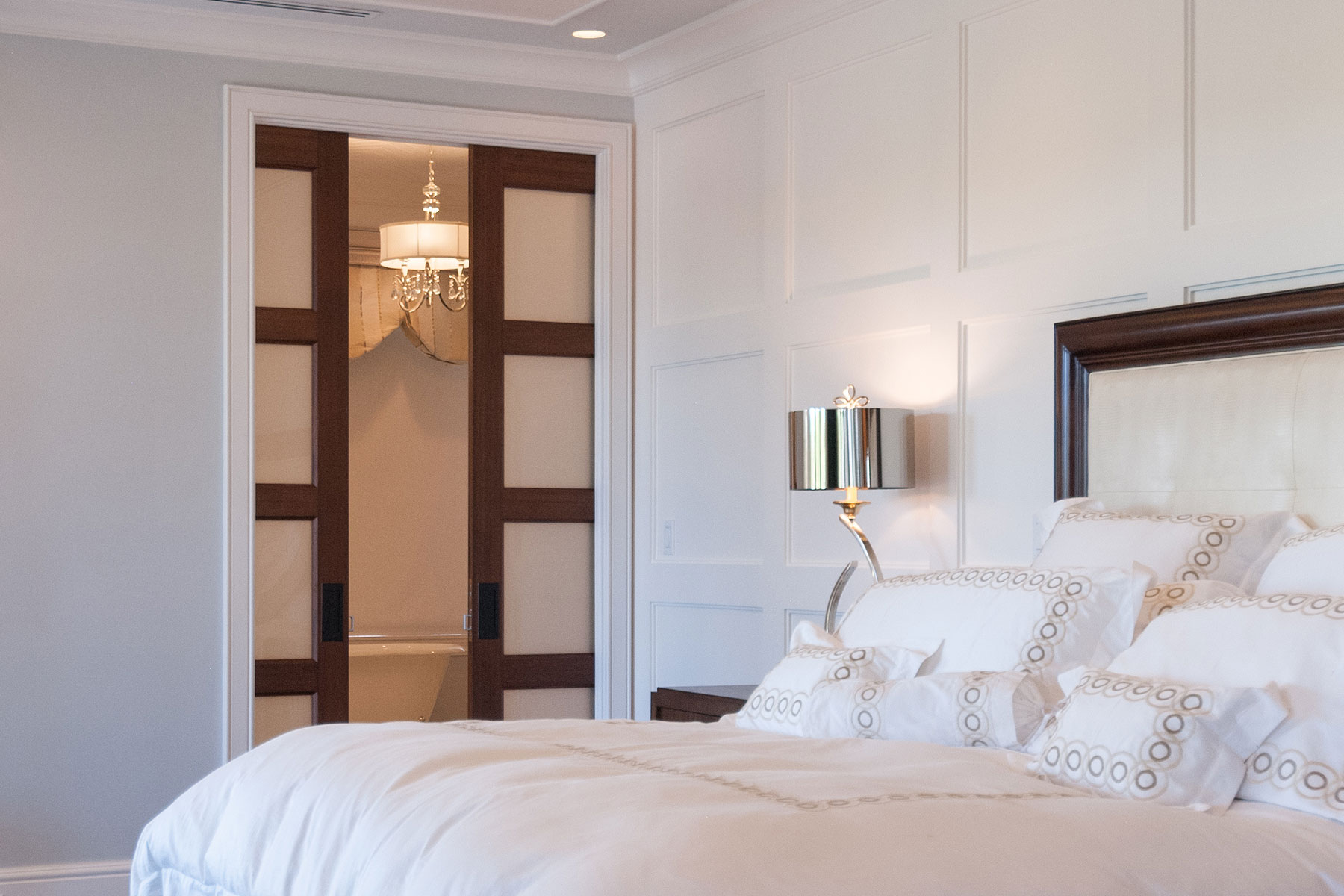 TS4100 interior pocket doors in mahogany with frosted glass