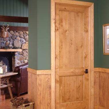 Knotty alder and the planked style of this VG2100 add to the rustic character of this mountain cabin.