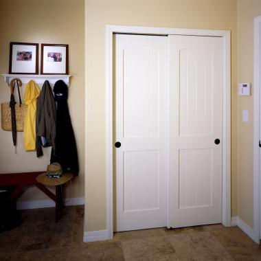 Pair of VG2020 bypass closet doors in MDF.