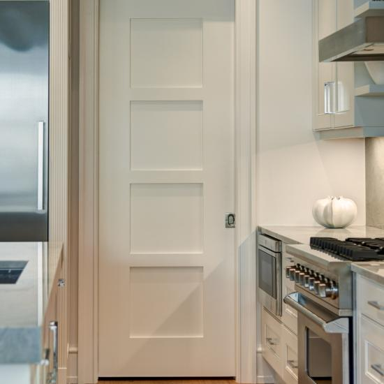 TM4000 kitchen door with wide stiles in MDF