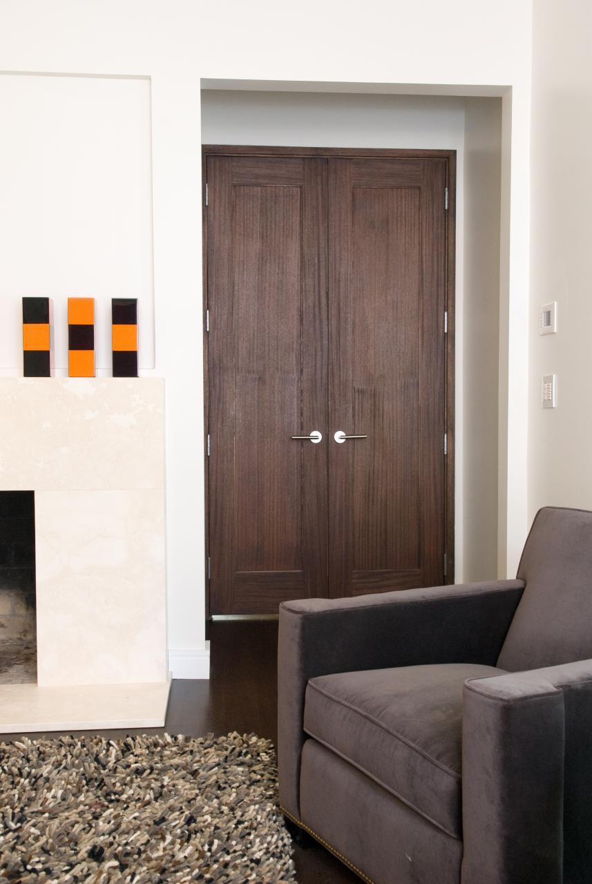 Pair of TS1000 doors in Walnut & Photo Gallery | TruStile Doors